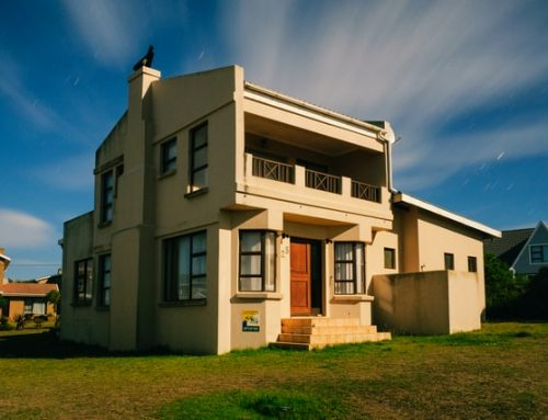 Why New Stucco Needs to Be Wetted Often