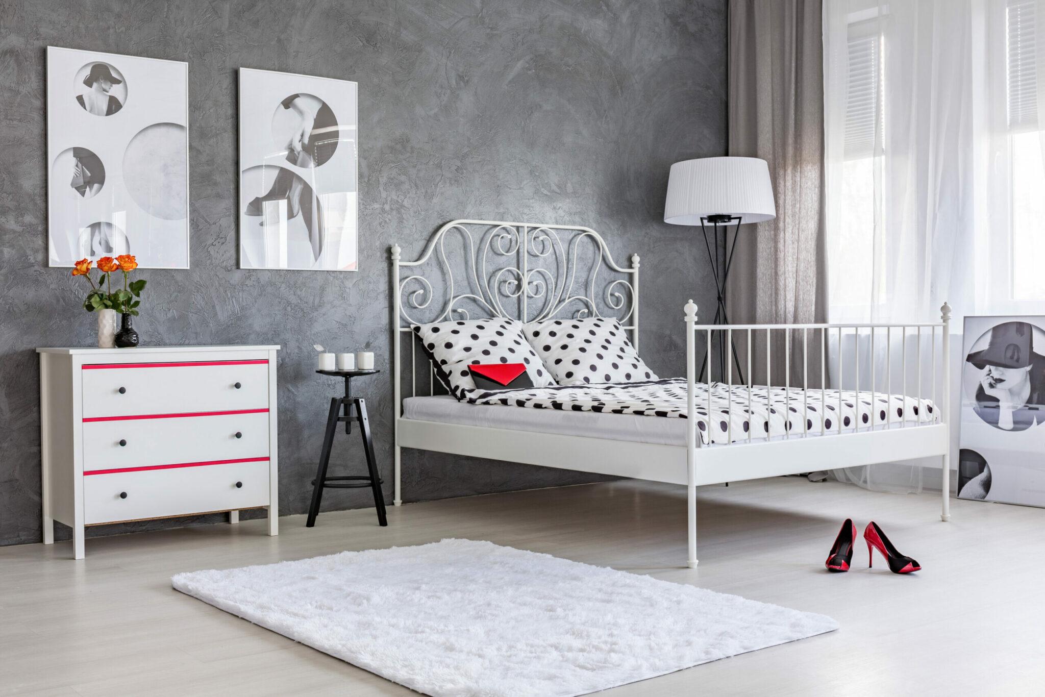 Bedroom with grey wall stucco